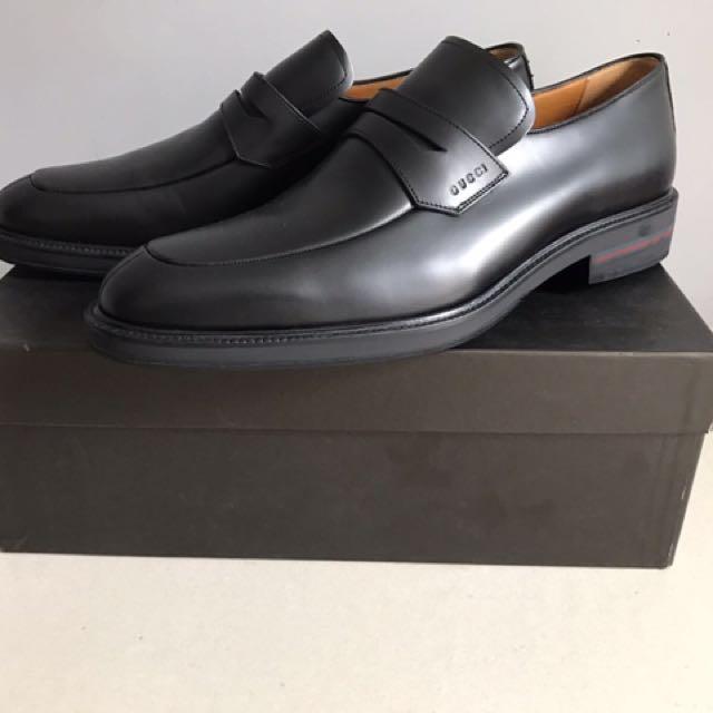 Gucci 黑色皮鞋