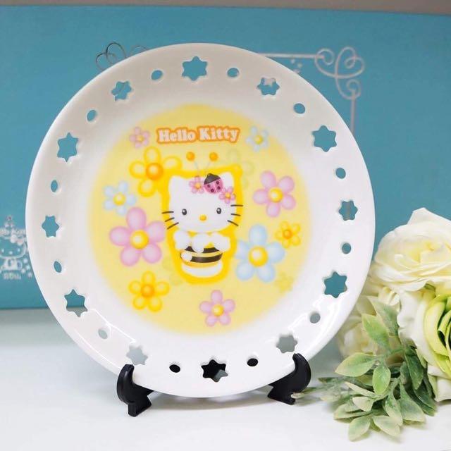 蜜蜂Hello kitty蕾絲簍空陶瓷盤