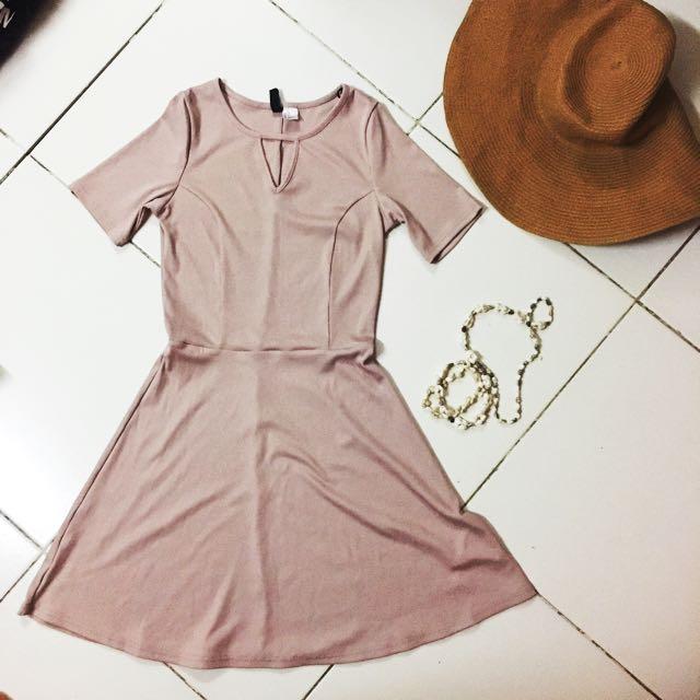 H&M Nude Pink Dress