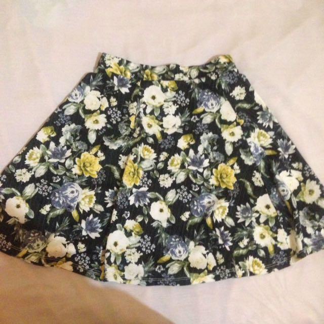 hnm short skirt