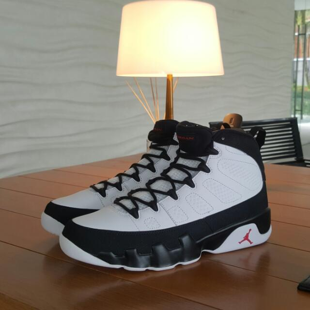 Jordan 9 Retro Space Jam Size 9 US **Price Reduced**