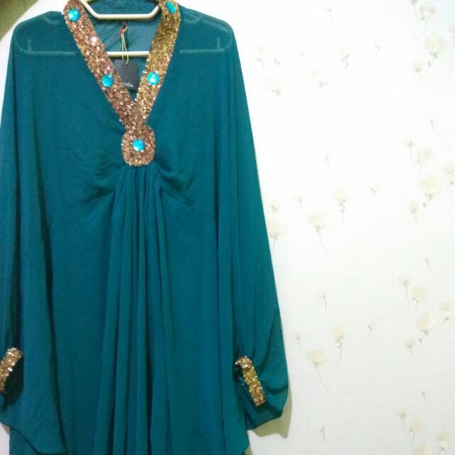 Kaftan Hijau Tosca By Jade Collection