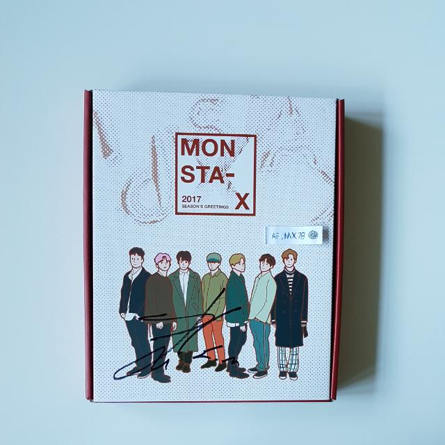 Monsta X IM Signed 2017 Season Greetings