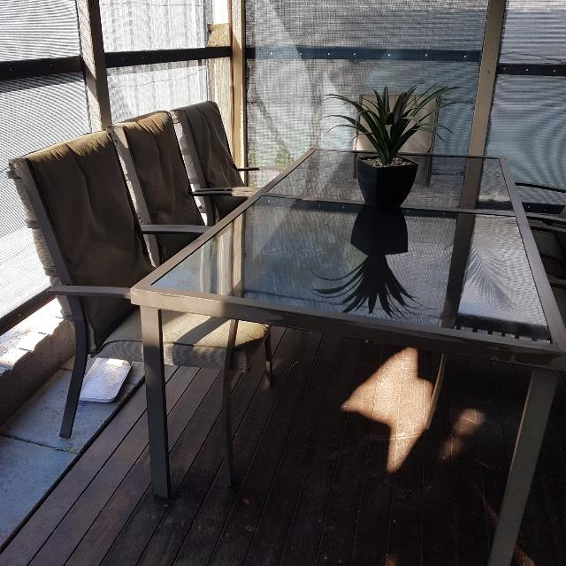 Outdoor table With 8 Chairs