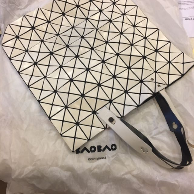 Preloved. Authentic Bao Bao From Issue Miyake