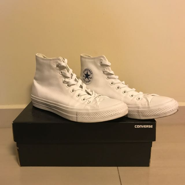 cb2b678e5d3a29 price Reduced Converse Chuck Taylor 2 (full White)