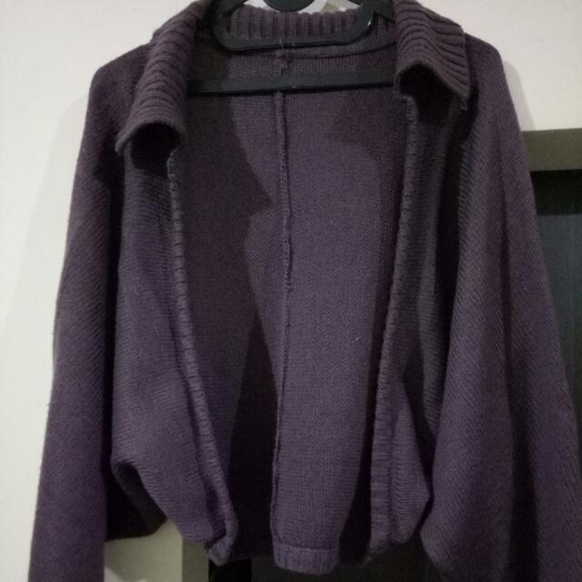 Sweter Ungu