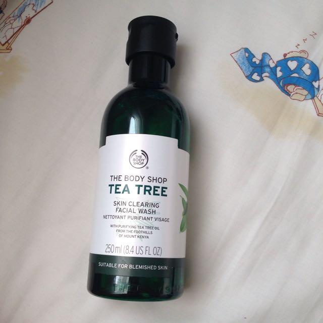 The Body Shop Tea Tree Facial Wash (sabun Cuci Muka)