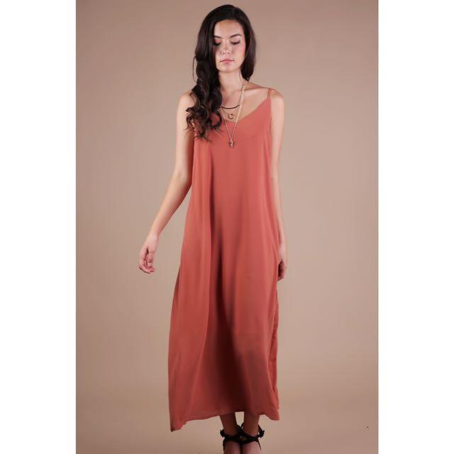 ac0397c59 TTR Faye Maxi Dress XS, Women's Fashion, Clothes, Dresses & Skirts ...