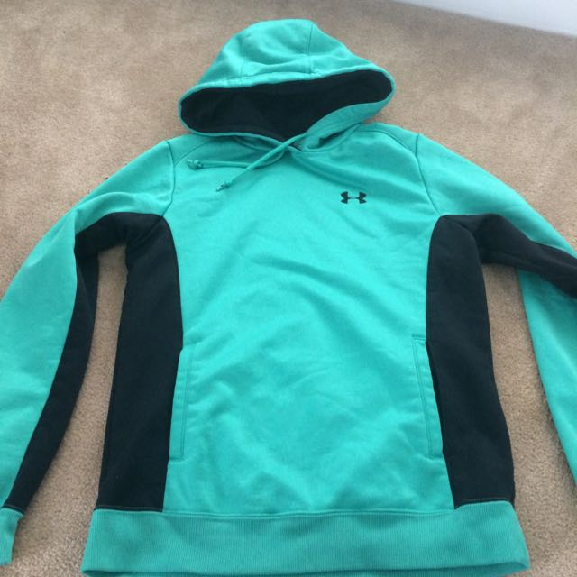 Under Armour Sweater XS
