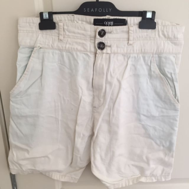 White ilabb Shorts