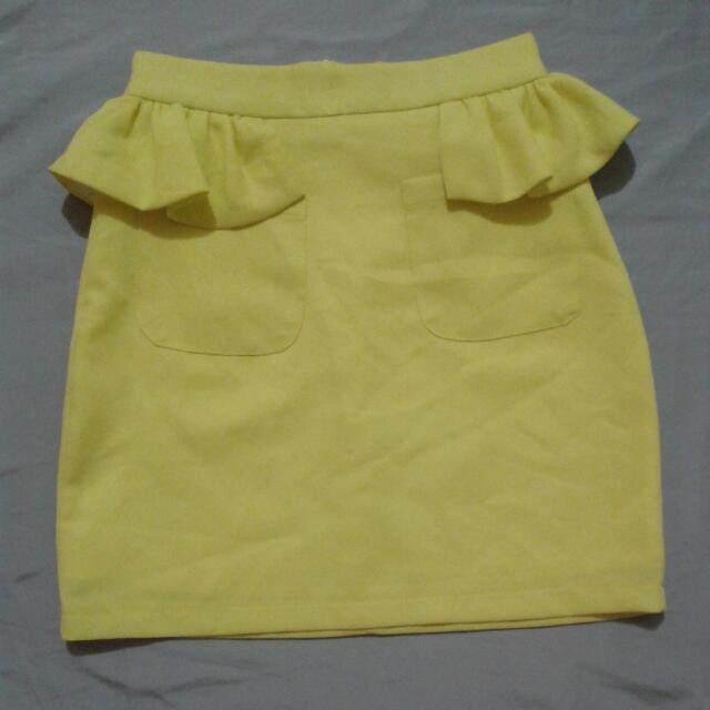 yellow krean brand skirt