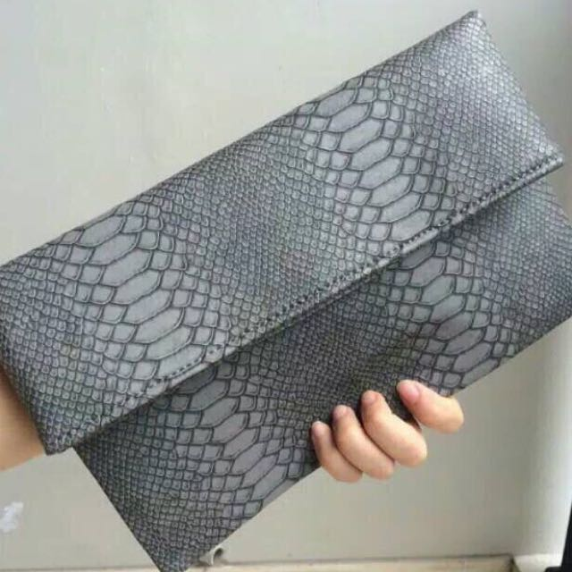 Zara Clutch Croco