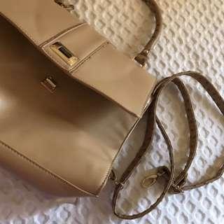 Urban Originals Women's Handbag
