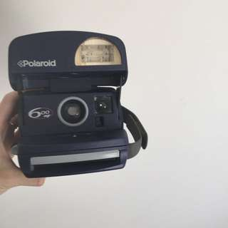 600 Polaroid.