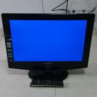 Lcd Tv 19 inches (Spoiled)