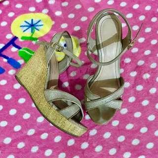 Authentic Guess Sandal