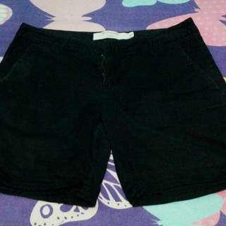 celana hitam 3/4 GIORDANO size 27