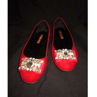 CHARLES & KEITH Bejeweled Flat Shoes