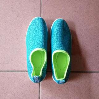 Slip On Shoes (Re-price)