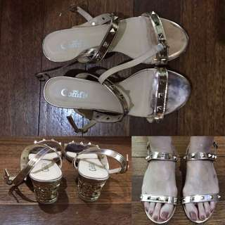 Comfit Sandals With Straps