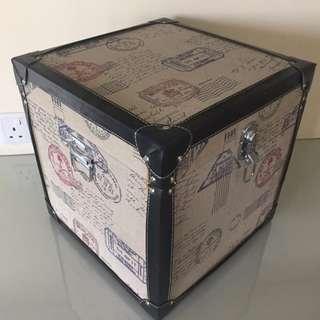 Storage Box Vintage Arabian Traveller