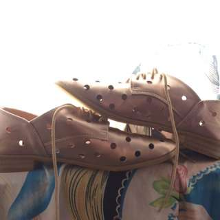 Sepatu RUBI