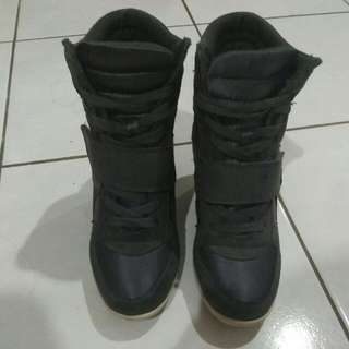 Trendy Shoe Size 35 (small Cutting)