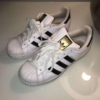 Women's Adidas Superstar - Size 6