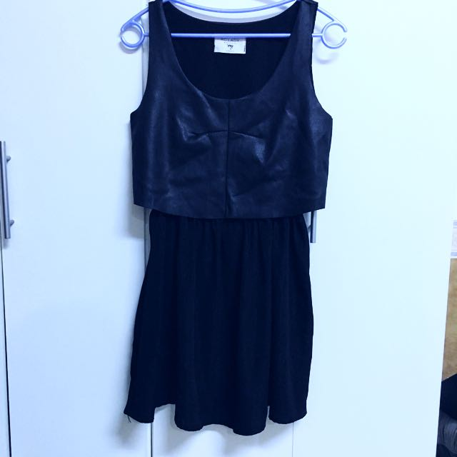 二手👚黑色雪紡拼皮質背心縮腰洋裝