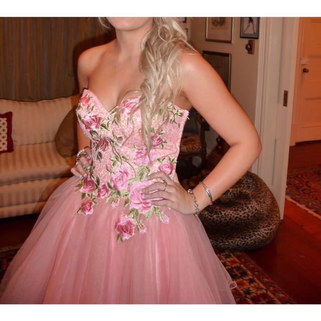 Ball/evening Dress