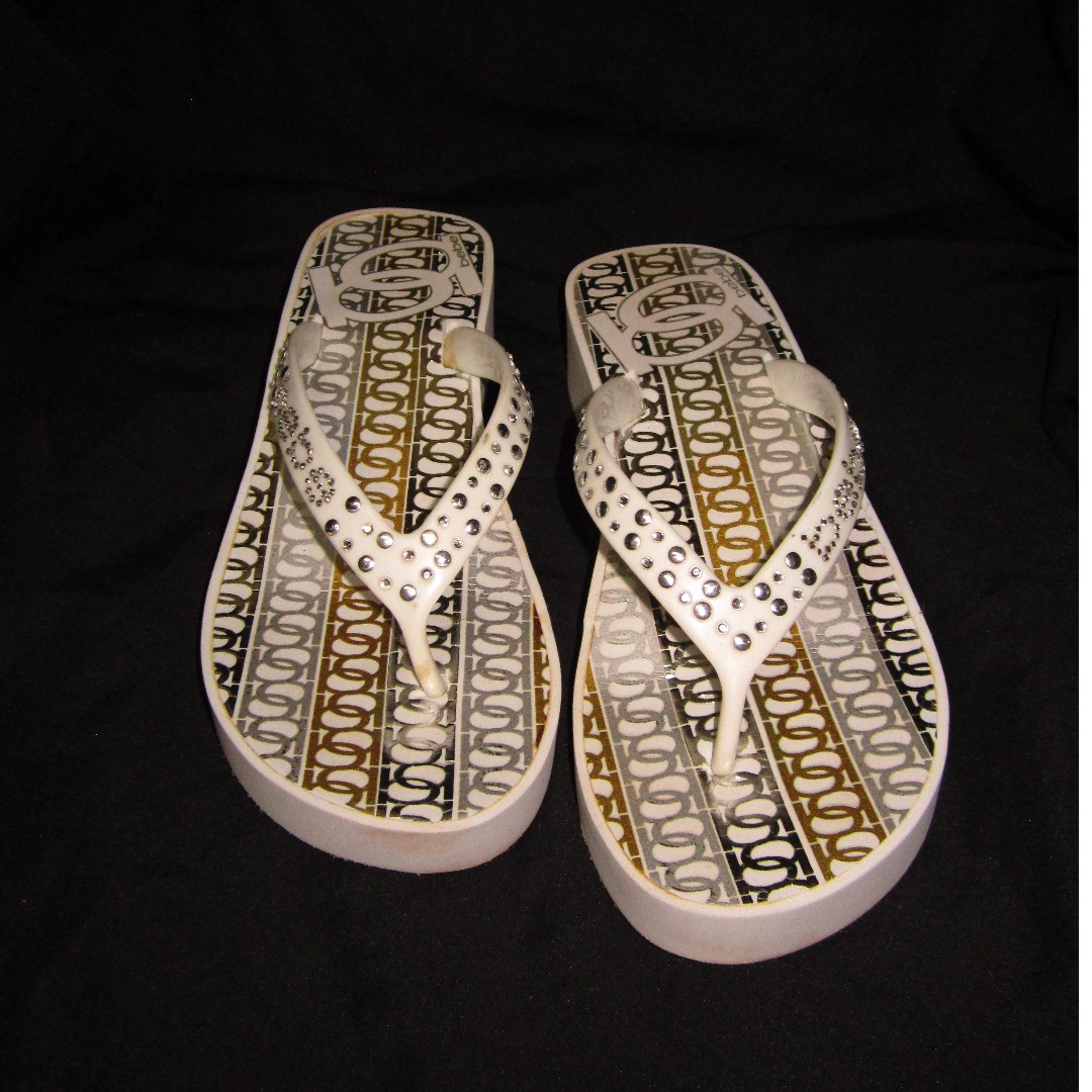BEBE White/Gold Low-Wedge Slippers