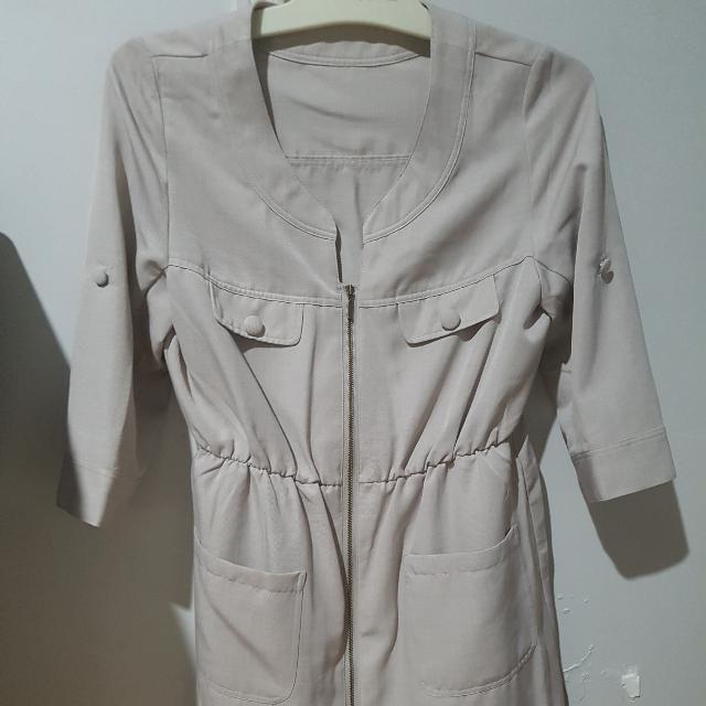 Beige/ Grey Coat