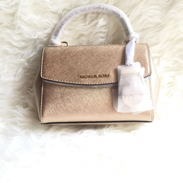 Best Seller!!! Michael Kors Ava