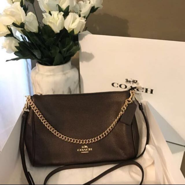 Brand New Coach Pebbled Leather Carrie Crossbody Bag