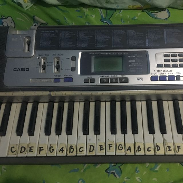 CASIO Key Lighting Keyboard LK-100 (with LCD Display)