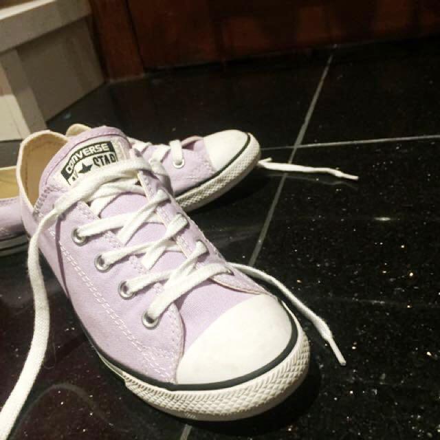 Converse lilac purple