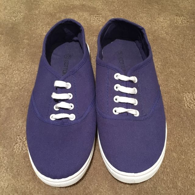 Cotton On Canvas Shoes In Navy Size 37