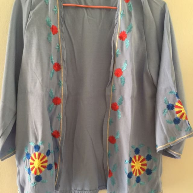 Embroidery Light Blue Outer