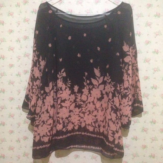 flower pink black shirt