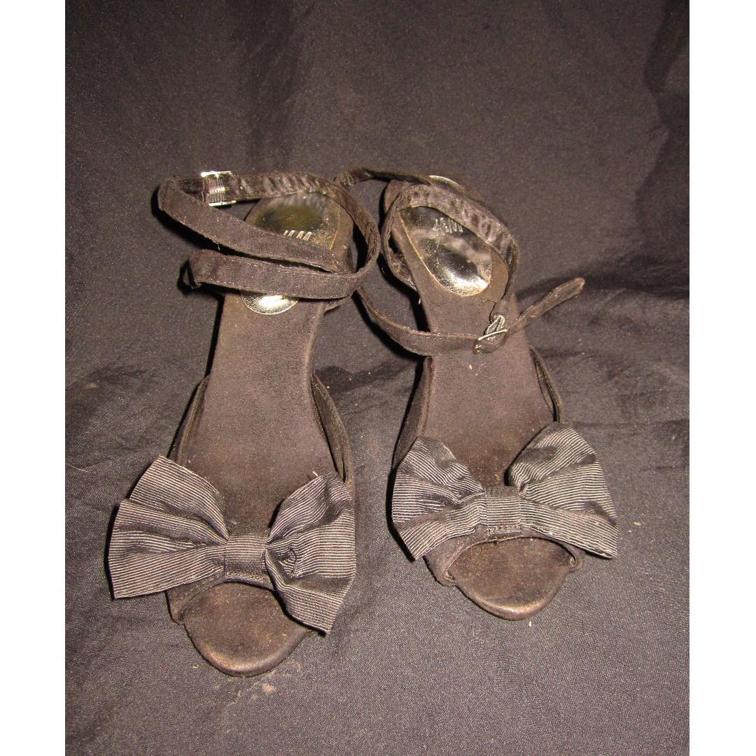 H&M Bow Design Gamuza Sexy Heels