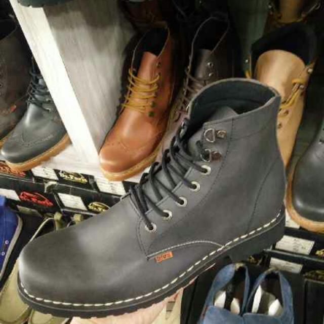 Jual Boots Kesayangan Baru 1x Pake