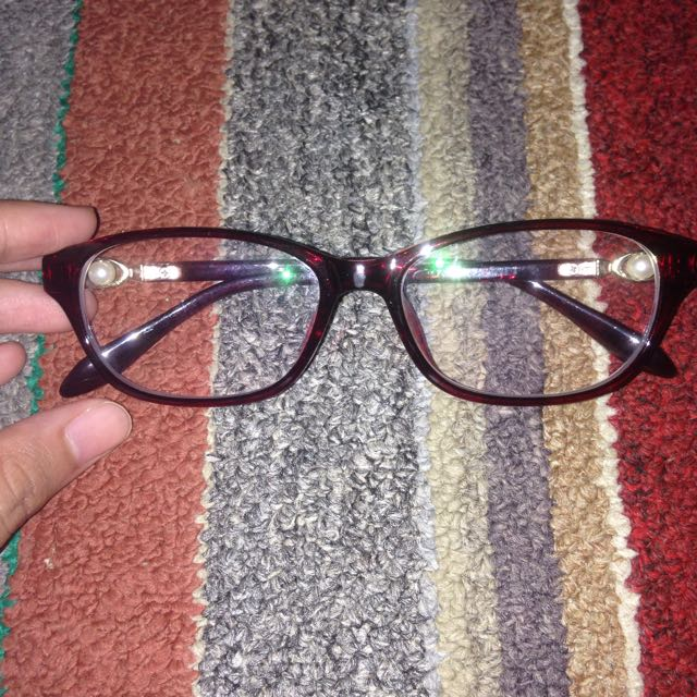 Kacamata Minus