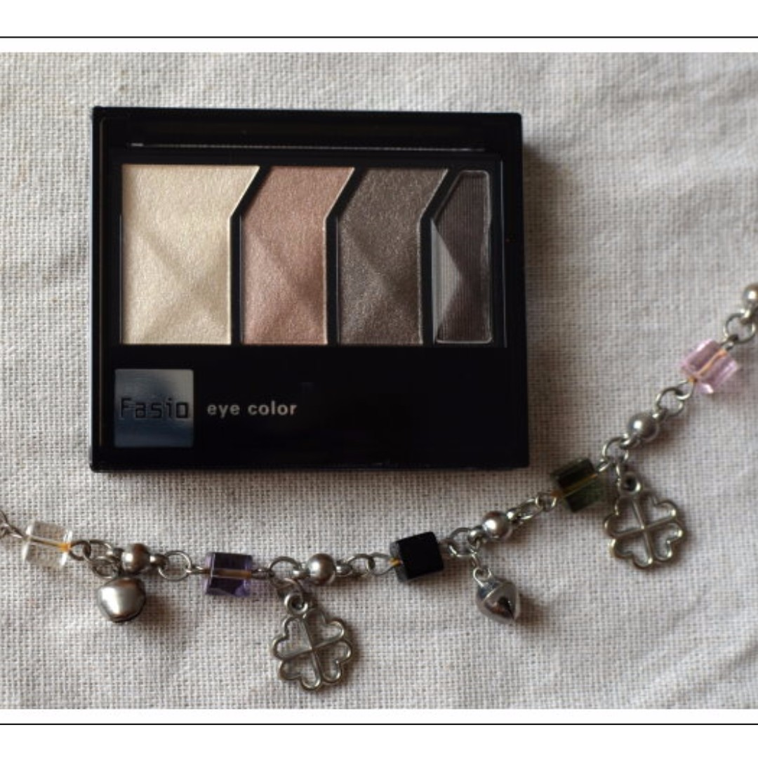 【全新附盒】KOSE高絲開架品牌Fasio菲希歐~深邃光影眼彩組~/光澤耀眼顯色,實用大地色系。化妝包必備。高雄可面交。