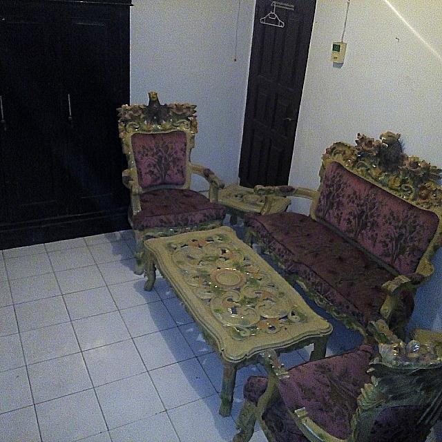Kursi Garuda & Lemari Pakaian 4 Pintu KAYU JATI (Bonus Kursi Tamu & Sofa)