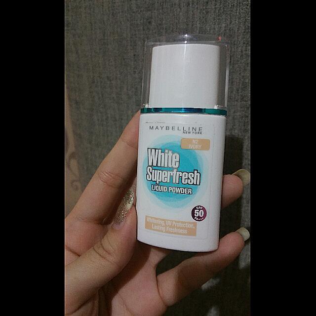 Liquid Powder White Superfresh Maybelline
