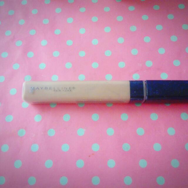 Maybelline Fitme Concealler (35 Deep Fonce)