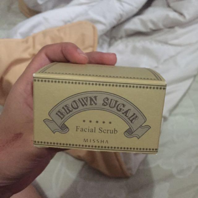 Missha brown sugar facial scrub
