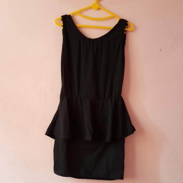 Sexy Dress Black Backless Fit L ( Belakang Kliatan Punggung )
