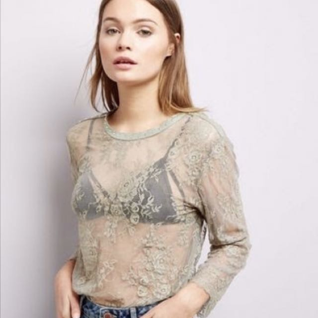 SIZE 14 SHEER LACE TOP IN OLIVE